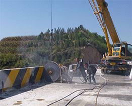 成都桥梁切割拆除--桥梁伸缩缝的安装